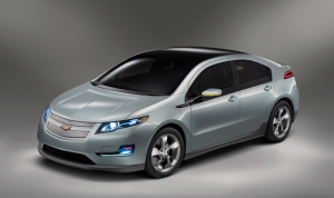 2011 Chevrolet Volt is ready, and winning big fans!
