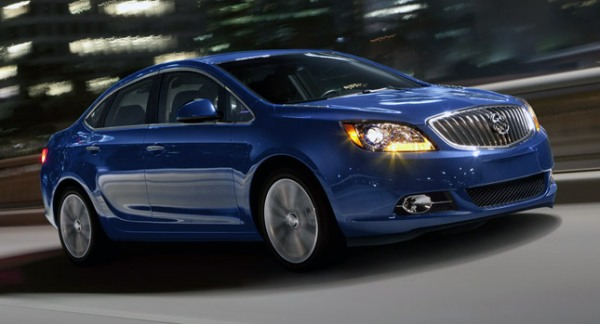 2013-Buick-Verano-Turbo-01.jpg